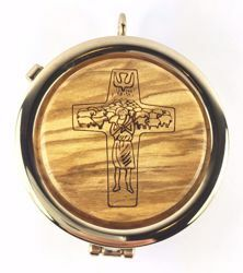 Picture of Eucharistic Pyx Sacred Hosts Vessel Diam. cm 6 (2,4 inch) the Good Shepherd in Gold plated Brass and Olive Wood of Assisi