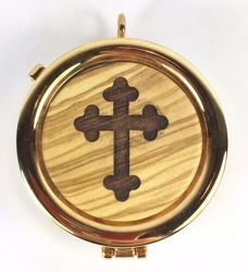Picture of Eucharistic Pyx Hosts Box Diam. cm 6 (2,4 inch) stylized Cross in Gold plated Brass and Olive Wood of Assisi