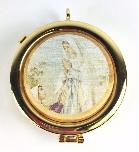 Immagine di Teca eucaristica Viatico Scatola porta Ostie Diam. cm 6 (2,4 inch) Madonna di Lourdes in Ottone dorato e Legno di Ulivo di Assisi