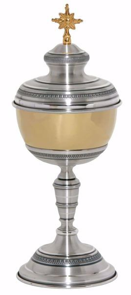 Picture of Liturgical Ciborium H. cm 26 (10,2 inch) corolla shape lathed foot in brass Gold Silver