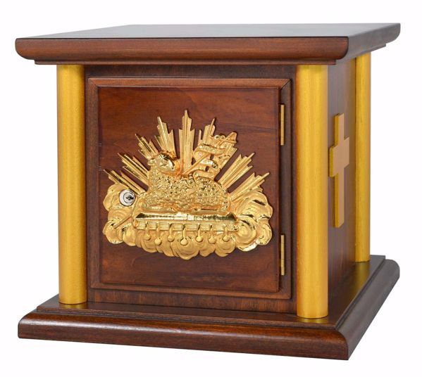 Picture of Altar Tabernacle cm 35x35x33 (13,8x13,8x13,0 inch) Agnus Dei in wood Gold for Church