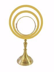 Picture of Eucharistic Monstrance Shrine Magna Host cm 15 (5,9 in) H. cm 70 (27,6 inch) smooth satin finish in brass Gold Ostensorium for Blessed Sacrament Exposition