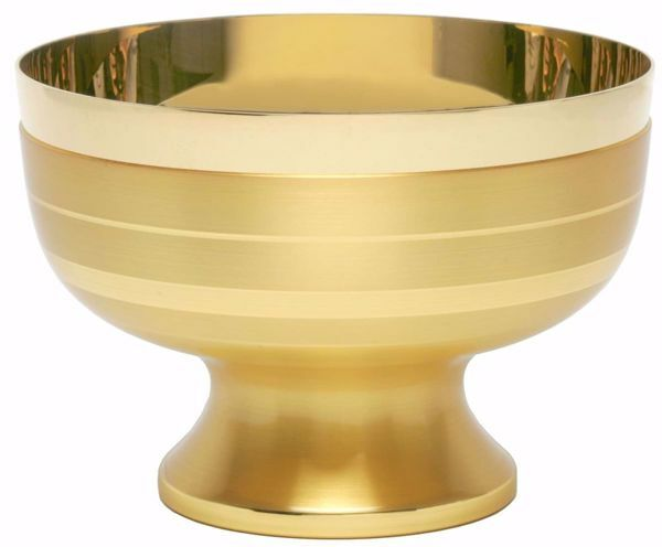 Picture of Liturgical Paten Ciborium H. cm 9,5 (3,7 inch) modern style smooth satin finish in brass Gold Silver