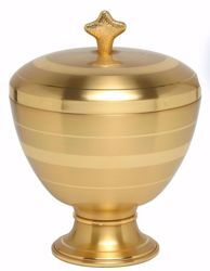 Picture of Liturgical Ciborium H. cm 19 (7,5 inch) smooth satin finish in burnished brass Gold Silver