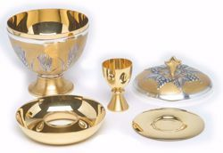 Picture of Liturgical Ciborium Communion under Both Kinds H. cm 17 (6,7 inch) Ears of Wheat in chiseled brass Silver Bicolor
