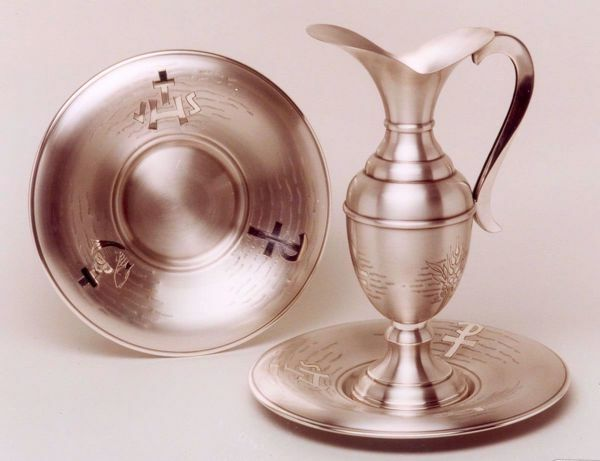 Picture of Liturgical Ewer & Plates Set Grapes JHS Fishes Chi Rho in chiseled brass Gold Silver Jug Pitcher & Basin Mass Lavabo Set for Church