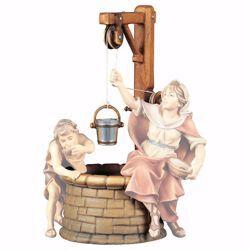 Immagine di Pozzo con secchio cm 23 (9,1 inch) Presepe Ulrich dipinto a mano Statua artigianale in legno Val Gardena stile barocco