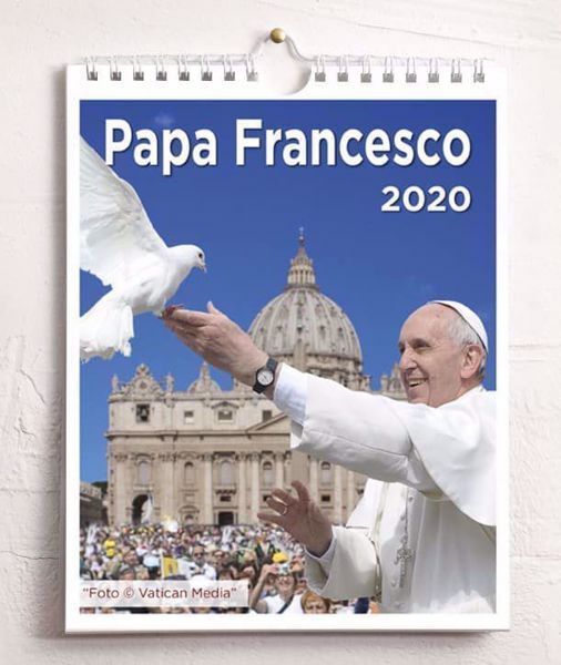 Immagine di Pope Francis Saint Peter Basilica 2020 wall and desk calendar cm 16,5x21 (6,5x8,3 in)