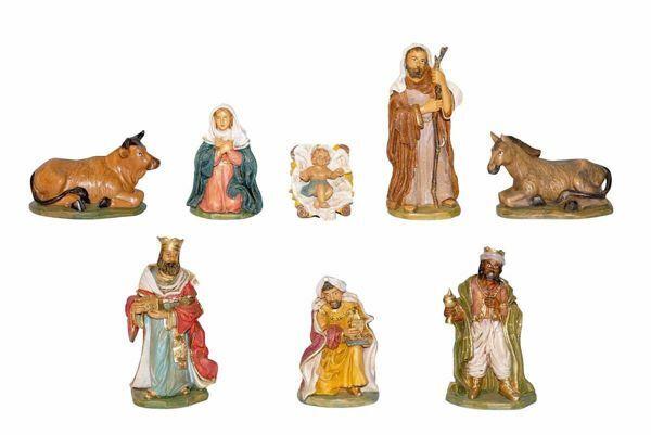 Immagine di Set Natività Sacra Famiglia 8 pezzi cm 18 (7,1 inch) Presepe Euromarchi in plastica PVC per esterno tinto legno Stile Lecce