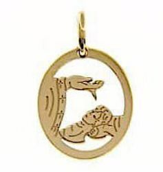 Picture of Baptism Gift of God perforated Sacred Oval Medal Pendant gr 1,2 Yellow Gold 18k for Baby Girl and Boy