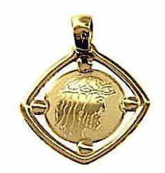 Picture of Holy Face of Jesus Christ Sacred Square Medal Pendant in bas-relief gr 1,2 Yellow Gold 18k for Woman