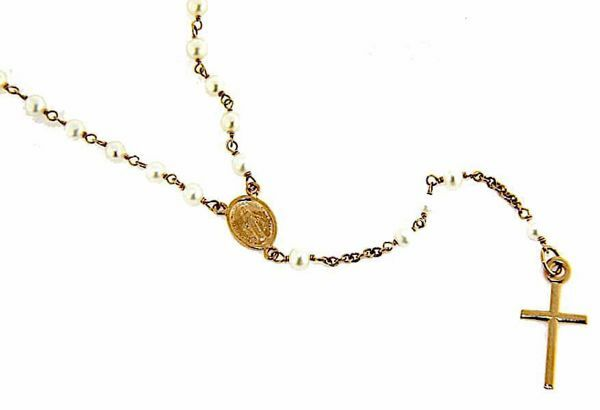 Picture of Long Rosary crew-neck Necklace with Miraculous Medal of Our Lady of Graces and Cross gr 6,7 Rose Gold 18k with Pearls for Woman