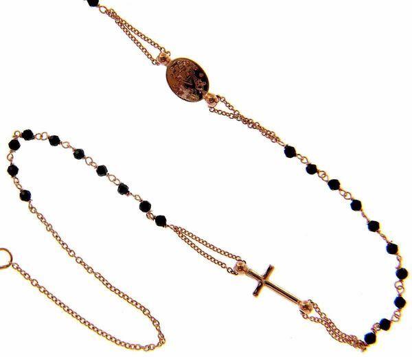 Imagen de Collar Rosario Cuello Redondo con Medalla Nuestra Señora Milagrosa Cruz y cadena pasante gr 3,7 Oro rosa 18kt con Onyx para Mujer