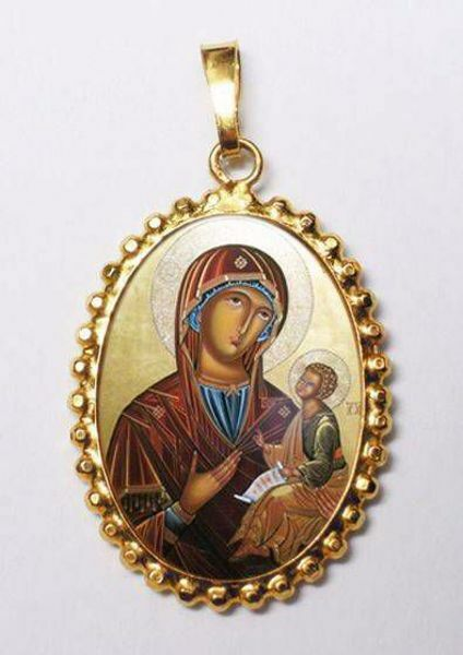 Picture of Madonna with Child Gold plated Silver and Porcelain Pendant with crown frame mm 24x30 (0,94x1,18 inch) for Woman