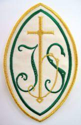 Immagine di Applicazione Ricamata ovale IHS Croce cm 11,8x19,4 (4,6x7,6 inch) su Tessuto di Raso Avorio Rosso Verde Viola Chorus Emblema per Paramenti liturgici