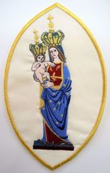 Picture of Oval Embroidered Iron on Applique Patch Marian Madonna with Child cm 15,2x24,4 (6,0x9,6 inch) on Satin Ivory Chorus Emblem Decoration for liturgical Vestments