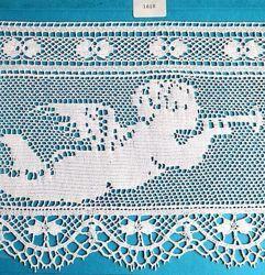 Immagine di Merletto a Tombolo Ricamo Angelo Musicante H. cm 19 (7,5 inch) puro Cotone Bianco Pizzo per Tovaglia da Altare e Paramenti Sacri