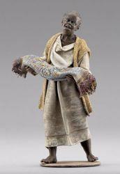Immagine di Pastore moro con tappeto cm 10 (3,9 inch) Presepe vestito Immanuel stile orientale in legno Val Gardena Statua con abiti in stoffa