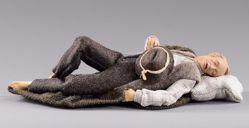 Immagine di Pastore dormiente cm 12 (4,7 inch) Presepe vestito Hannah Alpin statua in legno Val Gardena abiti in tessuto