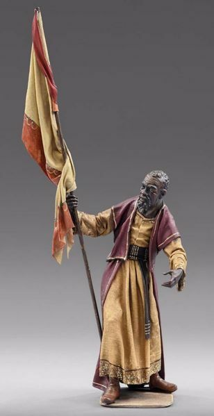 Picture of Servant of the Three Kings with flag cm 55 (21,7 inch) Immanuel dressed Nativity Scene oriental style Val Gardena wood statue fabric clothes