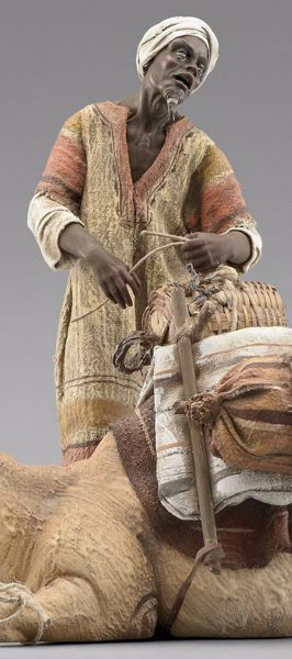 Imagen de Camellero moro de pie cm 14 (5,5 inch) Pesebre vestido Immanuel estilo oriental estatua en madera Val Gardena trajes de tela