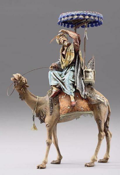 Immagine di Re Magio su Cammello con baldacchino cm 14 (5,5 inch) Presepe vestito Immanuel stile orientale statua in legno Val Gardena abiti in stoffa