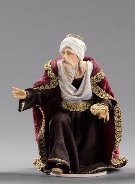 Picture of Melchior Saracen Wise King kneeling cm 20 (7,9 inch) Hannah Alpin dressed nativity scene Val Gardena wood statue fabric dresses