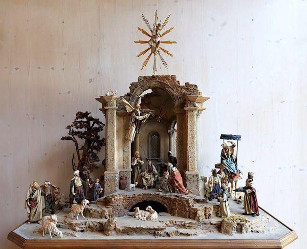 Immagine di Baldassarre Re Magio Moro in piedi cm 30 (11,8 inch) Presepe vestito Immanuel stile orientale statua in legno Val Gardena abiti in stoffa