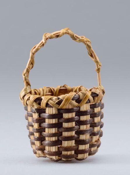 Imagen de Cesta cm 20 (7,9 inch) Belén para vestir Homobono de madera y cobre