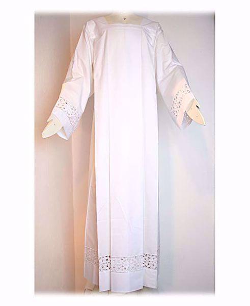 Imagen de A MEDIDA Alba litúrgica cuello cuadrado bordado guipures pequeñas Cruces mezcla de algodón blanco
