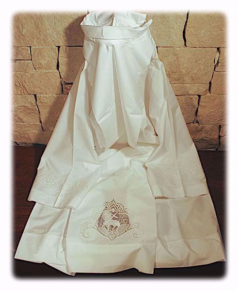 Picture of MADE TO MEASURE Closed collar liturgical Alb with Lamb embroidery on tulle white cotton blend fabric