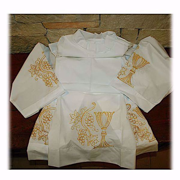 Picture of MADE TO MEASURE Closed collar liturgical Alb with Chalice Grapes gold embroidery white cotton blend fabric