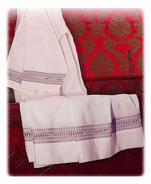 Picture of MADE TO MEASURE Square neck liturgical Surplice with monofilament geometric embroidery ivory wool-blend fabric thread colour at customer's choice