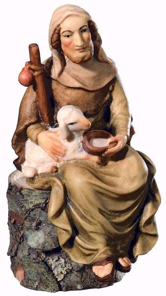 Immagine di Pastore Seduto con Pecora cm 10 (3,9 inch) Presepe Matteo stile orientale colori ad olio in legno Val Gardena
