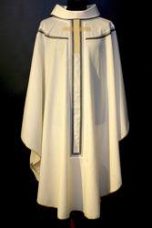 Immagine di Casula moderna Collo ad Anello ricamo diretto Croce Oro Tela Vaticana Avorio Rosso Verde Viola
