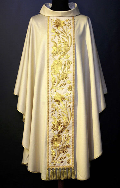 Picture of Chasuble Ring Neck Grosgrain Stolon Floral pattern pure Wool Ivory, Red, Green, Violet