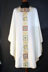 Immagine di Casula collo quadrato Stolone e collo in lamiglia ricamo Croce motivi geometrici pura Lana Avorio Rosso Verde Viola