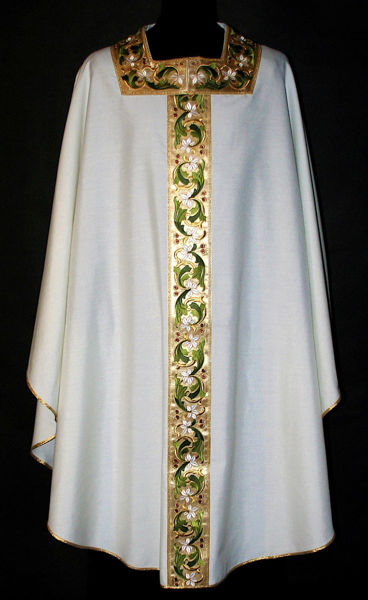 Picture of Chasuble Square Collar stolon and neck Satin floral pattern gold and colors pure Wool Ivory, Red, Green, Violet