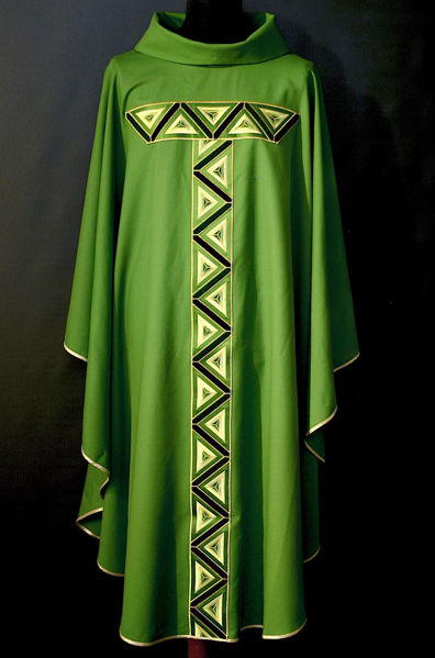 Picture of Chasuble Ring Neck Geometric Galloon pure Wool Ivory, Red, Green, Violet