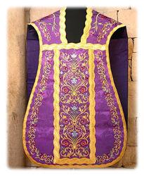 Immagine di Pianeta Romana Collo a trapezio Ricamata filato oro e colore disegno floreale Gallone Rocaille oro Raso Bianco Rosso Verde Viola