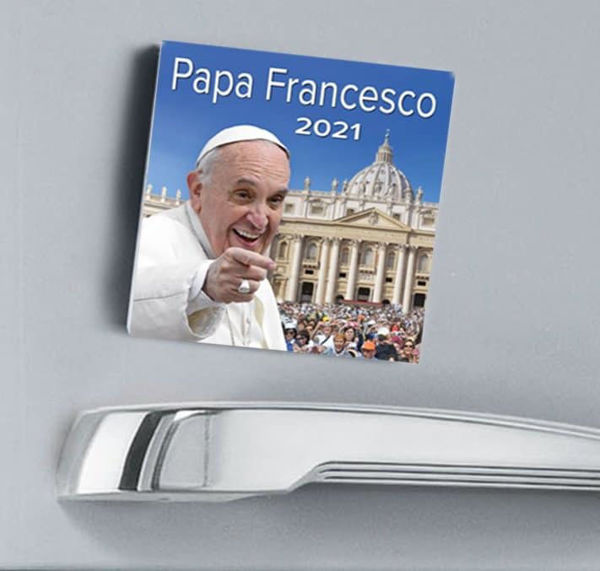 Picture of Pope Francis Saint Peter's Basilica  2021 magnetic calendar cm 8x8 (3,1x3,1 in)