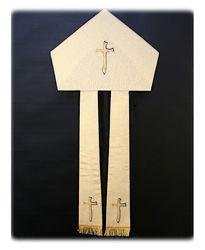 Immagine di Mitria Liturgica Stile Moderno Cordoncino Ricamo Oro Colore Shantung Bianco