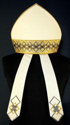 Immagine di Mitria Liturgica Disegno Geometrico Gallone Ricamato Oro Strass Tela Vaticana Bianco