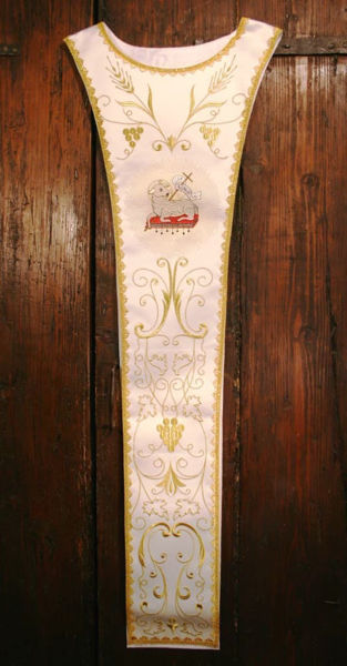 Picture of Liturgical Pallium design of Lamb Grape Spikes Satin White Red Green Violet Gold Light Blue