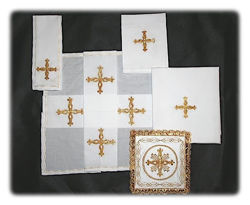 Picture of Holy Mass Linen 5 Piece Set Gold Embroidery Terital-Cotton White Red Green Violet