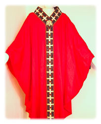 Picture of Chasuble Gold filigree Embroidery Lurex Crystal rhinestones Vatican Canvas Ivory Red Green Violet