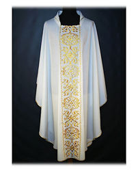 Picture of Chasuble Open Collar Classic Gold Embroidery Wool Ivory Red Green Violet