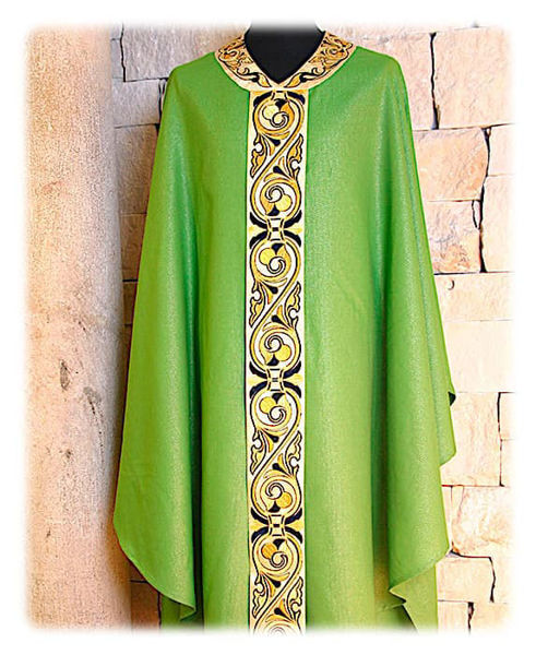 Picture of Chasuble Gold Satin Orphrey and Collar Arabesque Embroidery Wool Ivory Red Green Violet