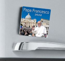 Picture of Calendario magnetico 2022 Papa Francesco San  Pietro cm 8x8